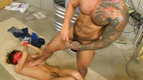 guy give shemale blowjob