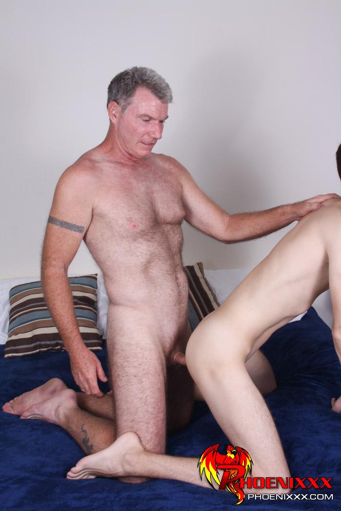 daddy bareback gangbang gay male porn