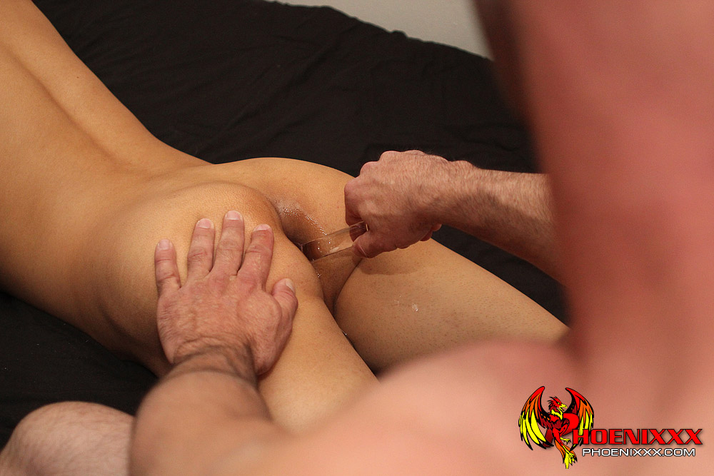 Gay male spanking clips with crying spanked 5
