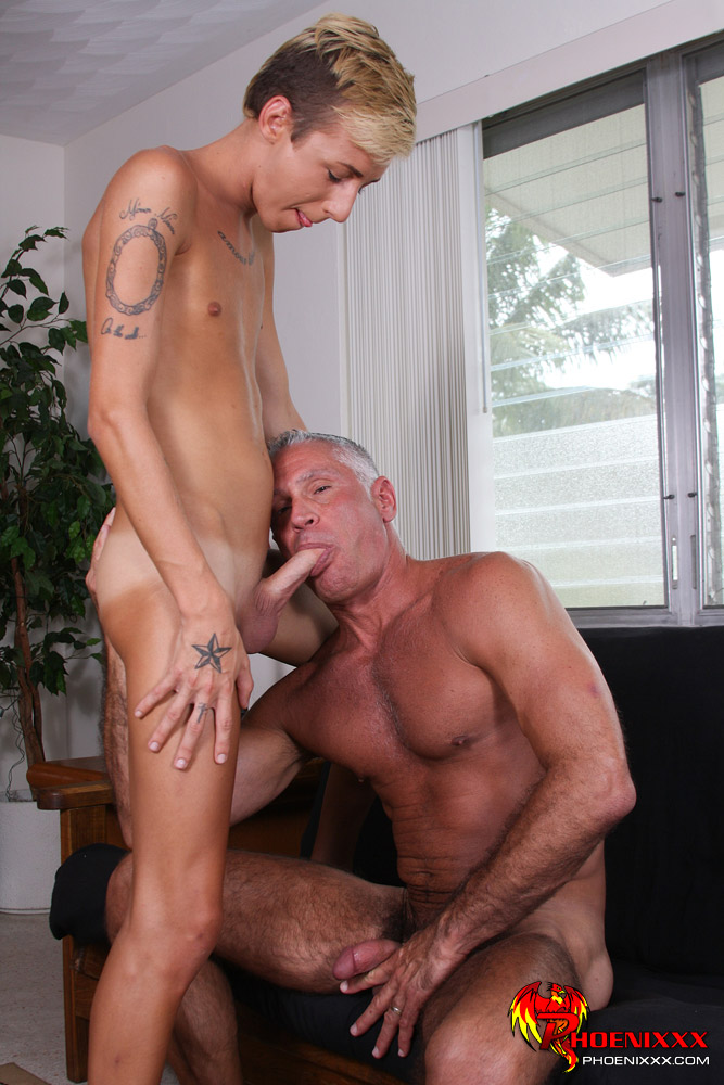 Watch all best Gay Sugar Daddy XXX vids right now!