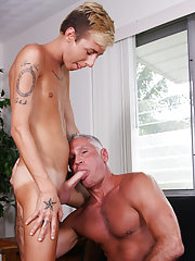 watch free video gay daddy vs young boys