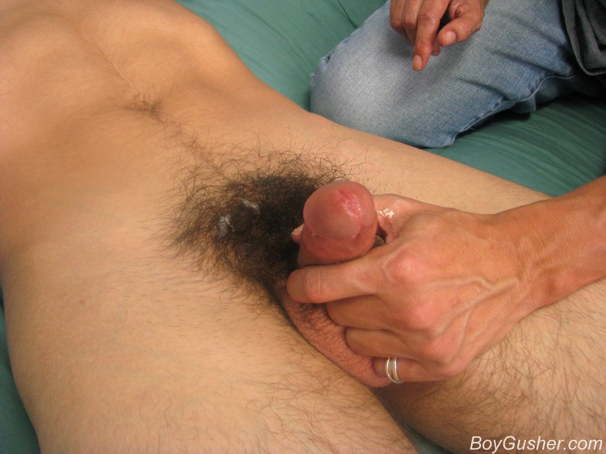 Solo male masturbation and huge cumshot