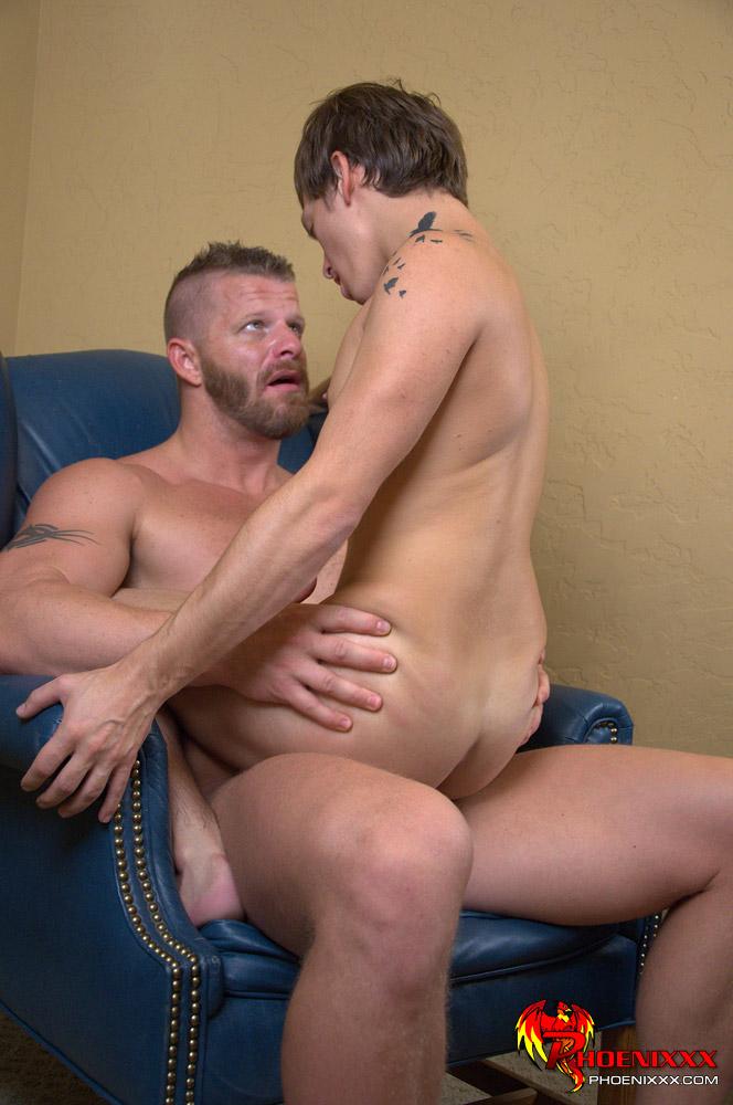 How normal men suck cocks nude images