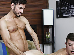 gay porno latino loves to suck withe dick