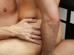 nude gay gentle anal