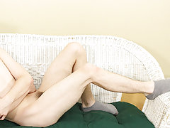 young twink undress undies video