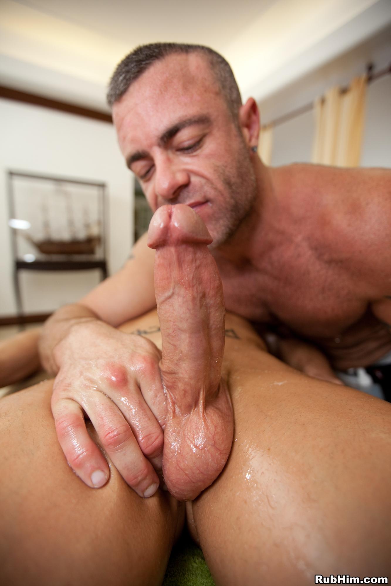 Hook up with hot gay men at bastioni in novara
