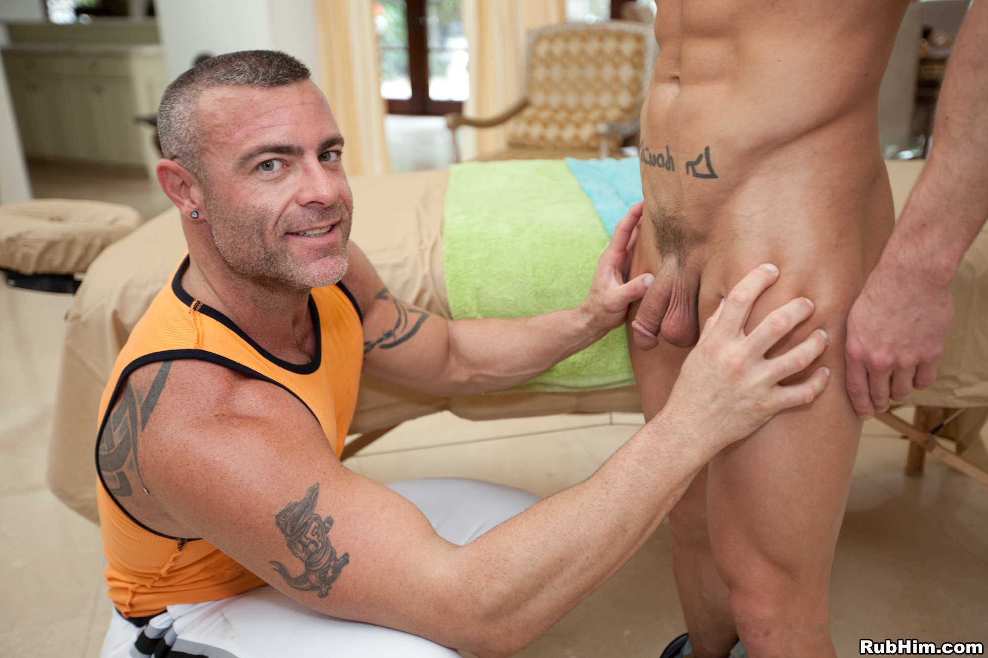 gay rubber video clips