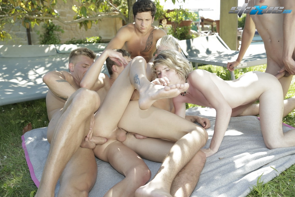 Best of Japanese Gay Pool Orgy