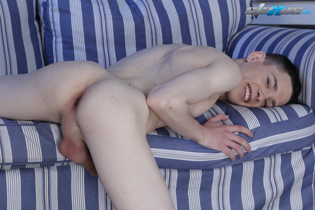 Twink video he certainly knows how to make 2